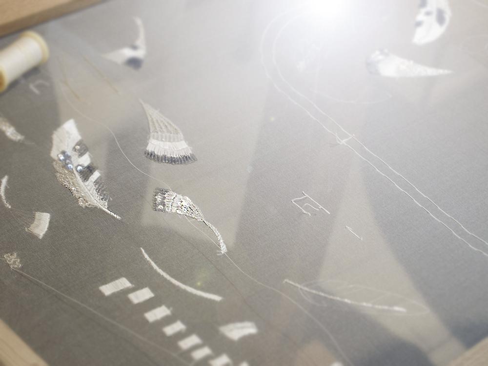 羽の刺繍 オートクチュール 刺繍