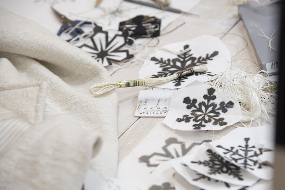 オーダーメイドの刺繍の服