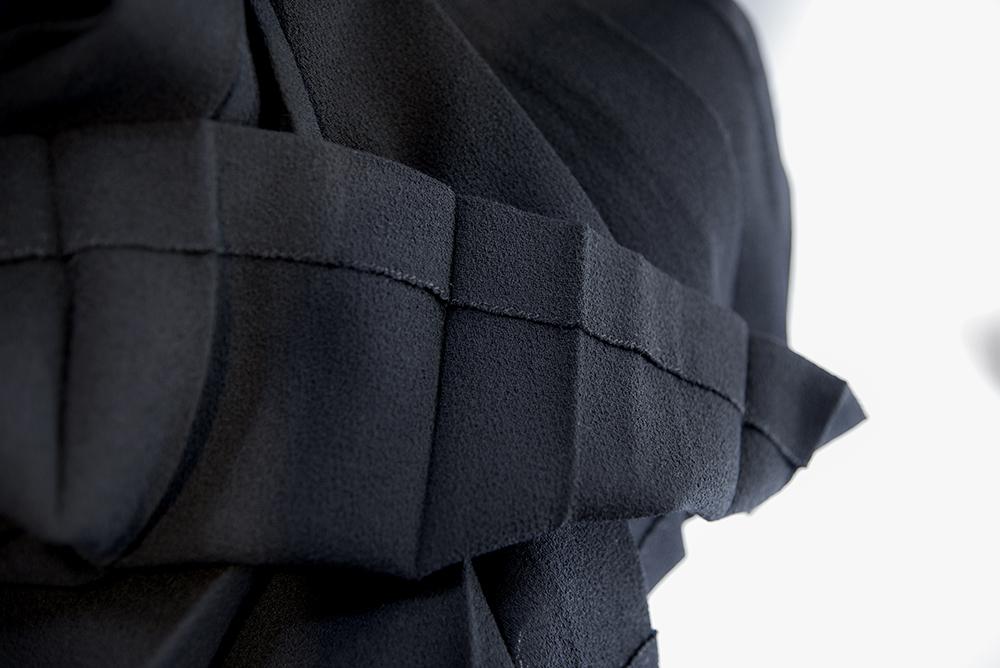 サンローラン 黒スカート