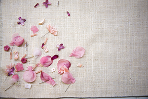 花びらの刺繍 オートクチュール刺繍