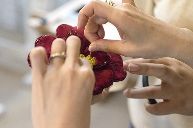 椿 カメリア 刺繍 オートクチュール