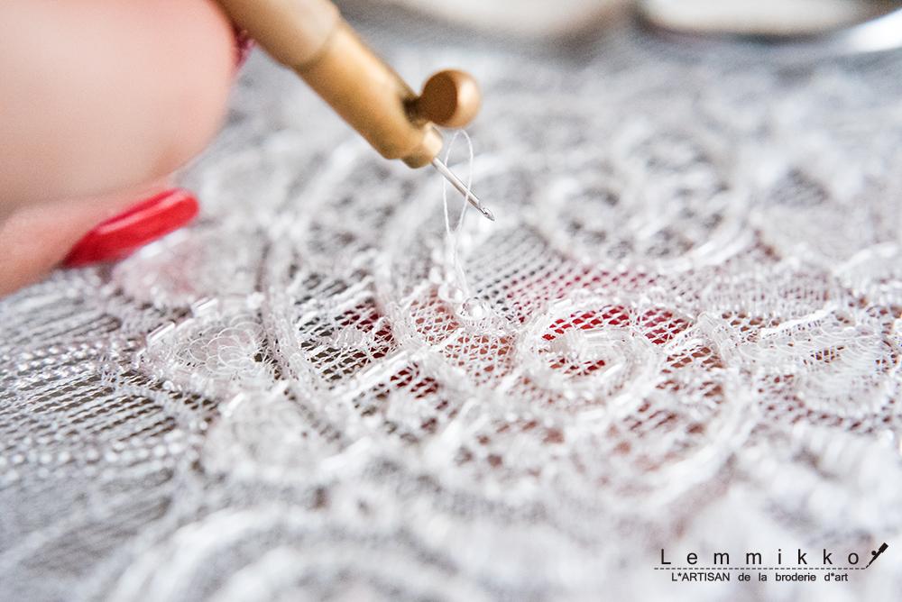 レース リュネビル 刺繍