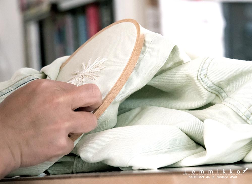 デニム 刺繍