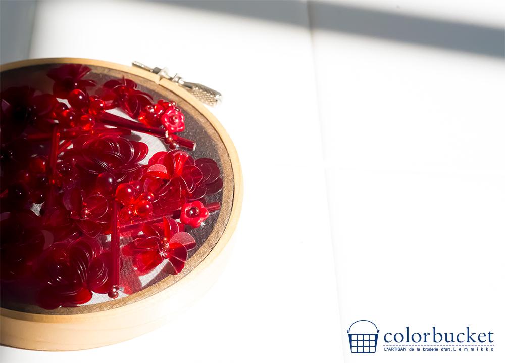 赤 お花 スパンコール 刺繍