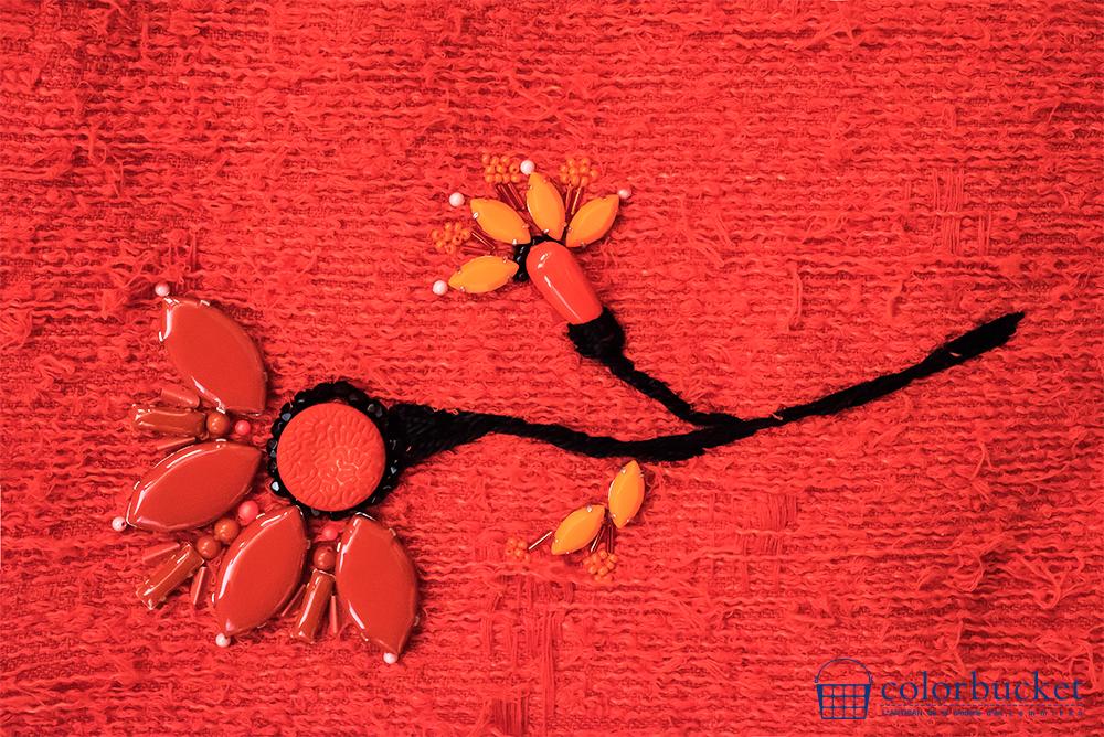 オレンジ 花 刺繍