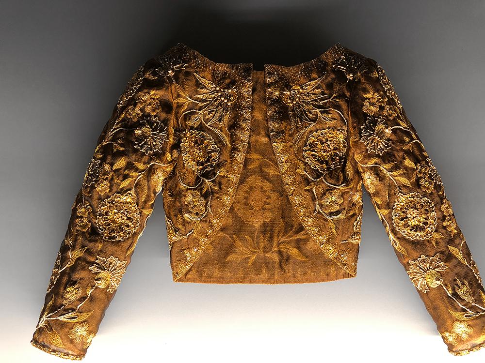 サンローランの刺繍のジャケット