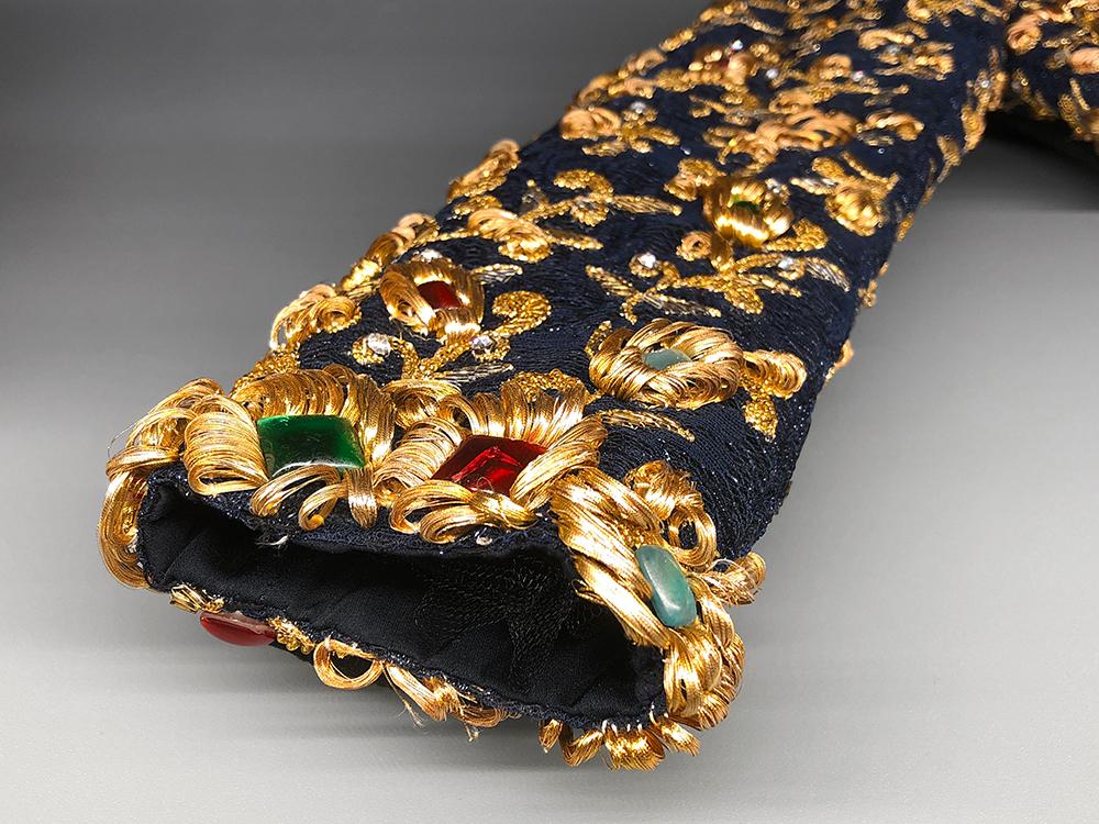 サンローランのオートクチュール刺繍