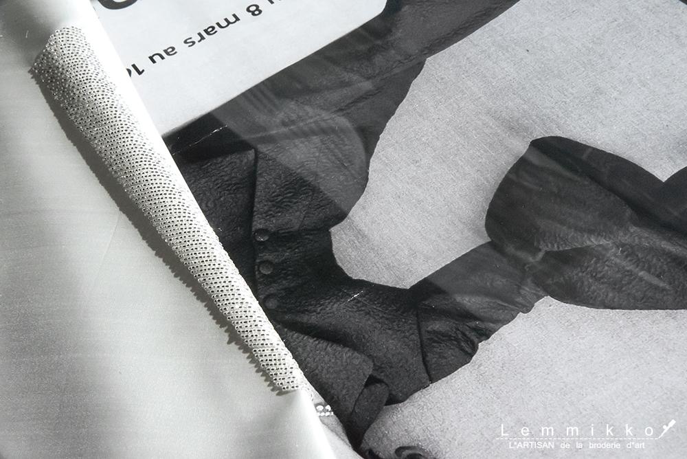 シンプルなビーズ刺繍