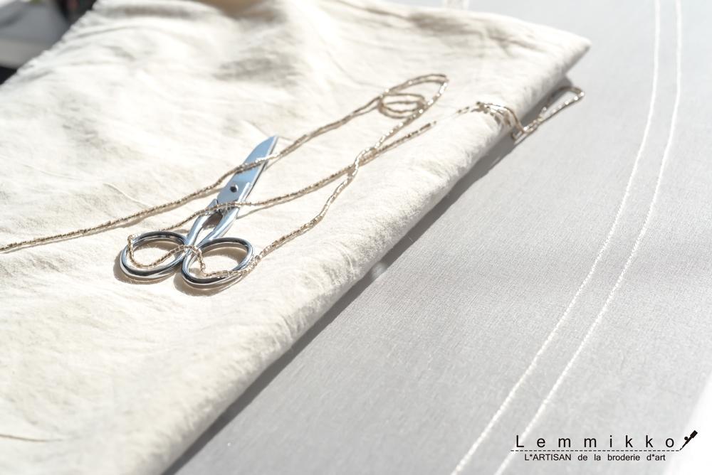 リュネビル刺繍の道具