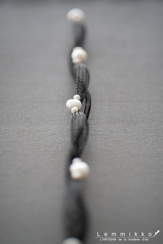 コレクションのチュールのパール刺繍