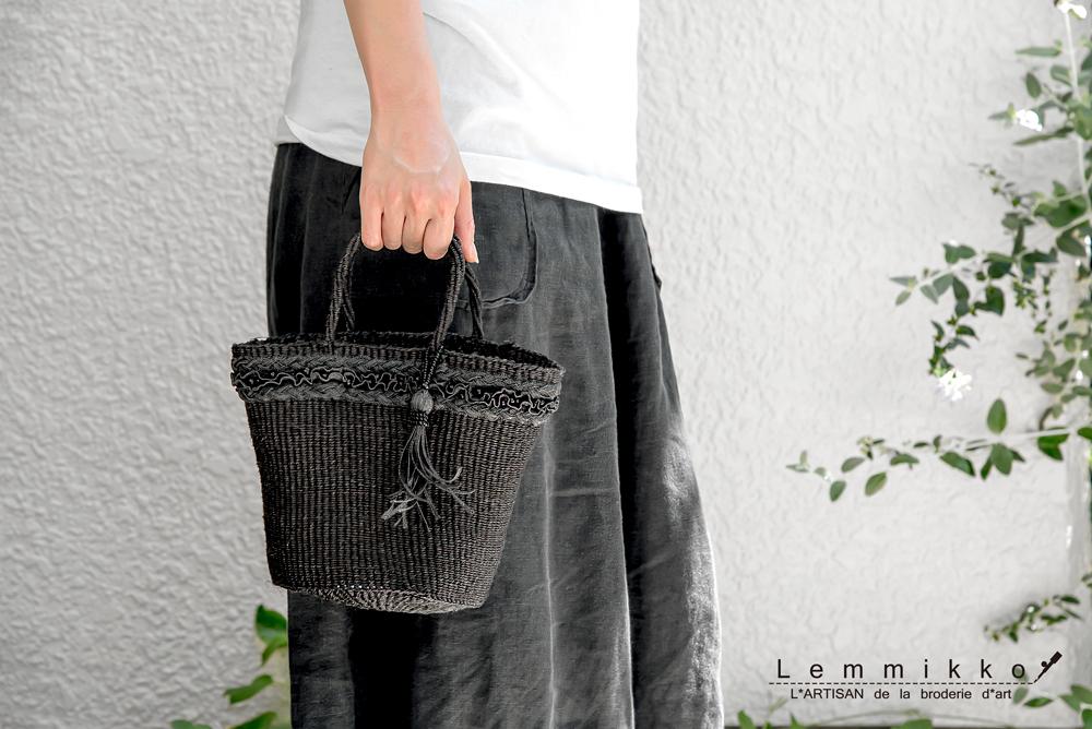 梅田阪急の刺繍