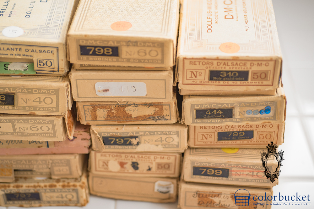 フランスの蚤の市手芸の箱
