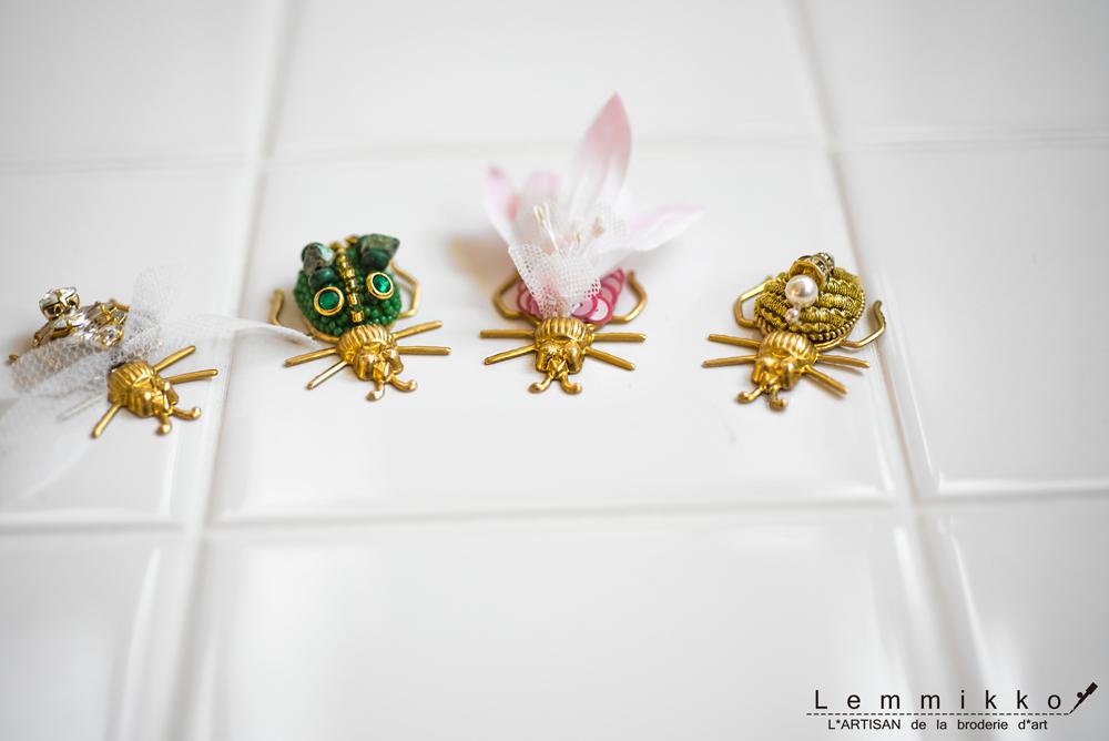 虫の可愛い刺繍ブローチ