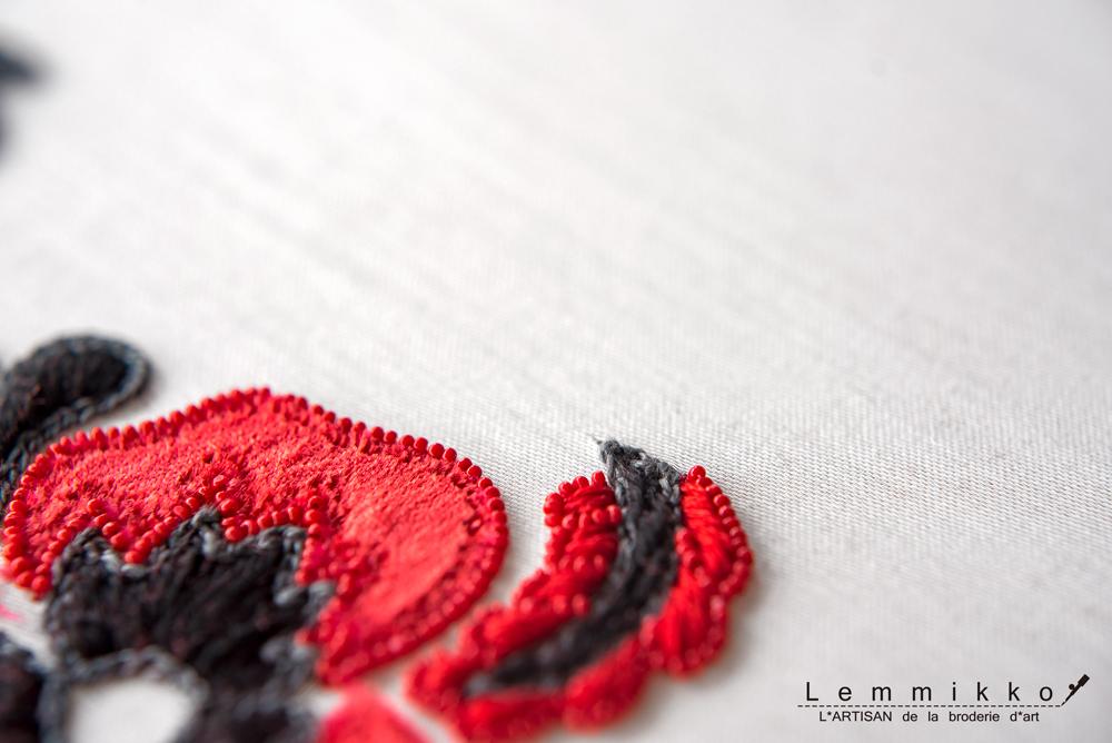 フォークロアのオートクチュール刺繍