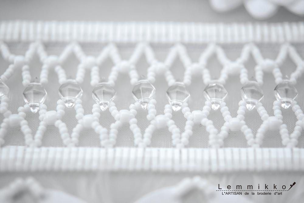 お花のクリエイティブ刺繍