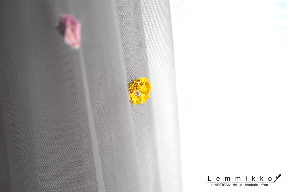 簡単可愛いリボン刺繍スカート