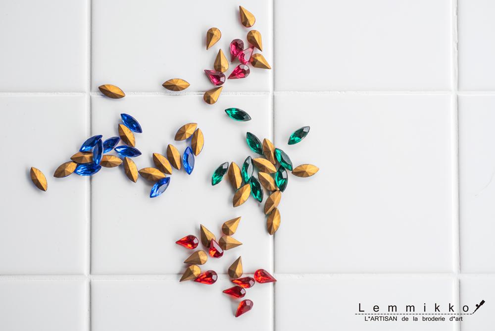 ビンテージラインストーンの刺繍素材