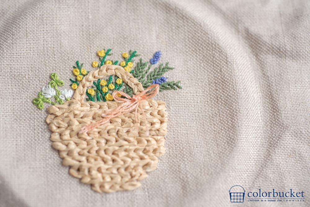 麻布にお花の刺繍