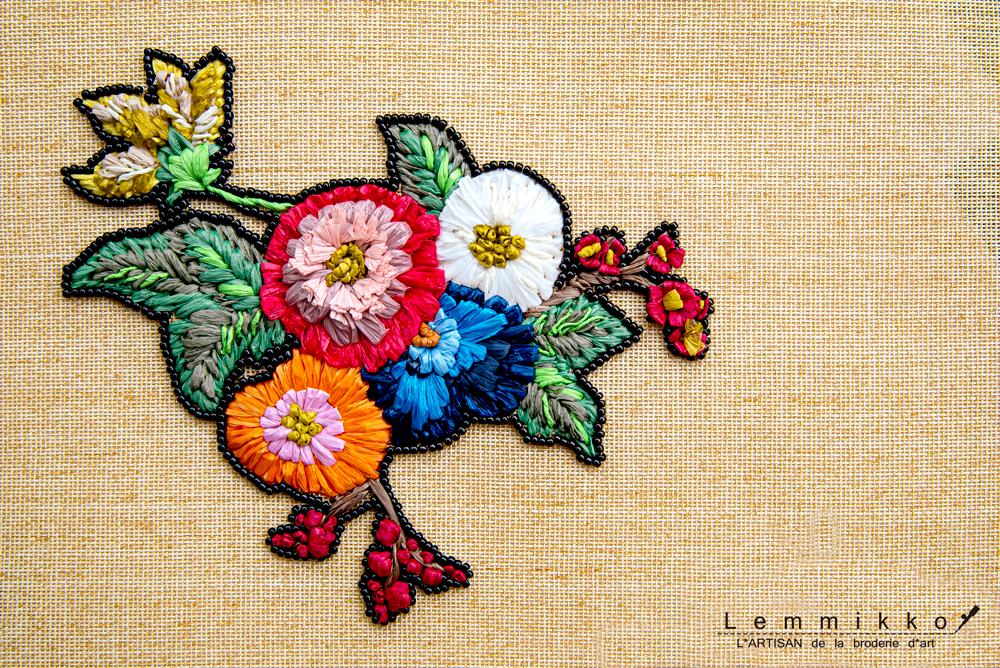 ラフィア刺繍