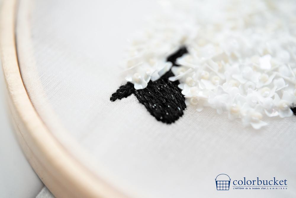 羊ビーズ刺繍