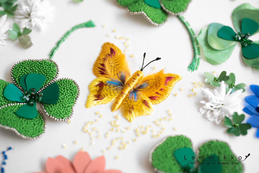 オートクチュール刺繍のシンプルな蝶
