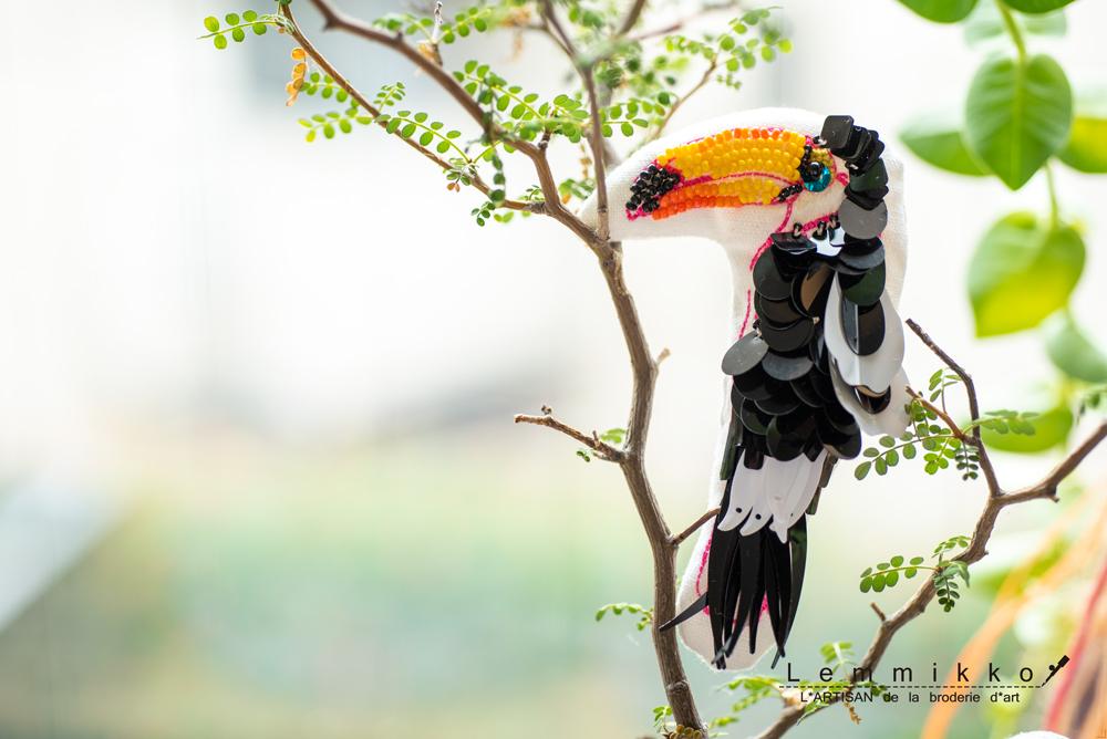 かわいい鳥刺繍ブローチ