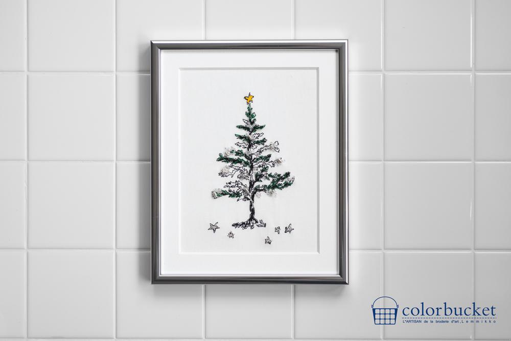 クリスマスツリーのビーズ刺繍